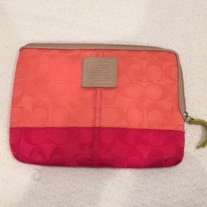 Accessories - Coach mini iPad/ kindle carrying case